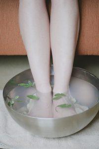 foot bath, herbs, sage